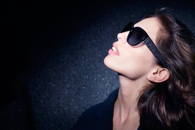 Maiwenn, égérie de la campagne lunettes de Chanel - L ADN d1d26cf3a37d