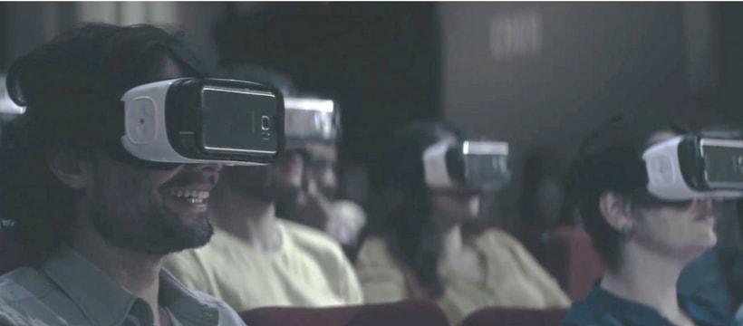 Samsunig invite la réalité virtuelle au théâtre pour les sourds