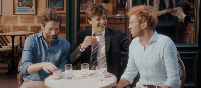 trois hommes en terrasse