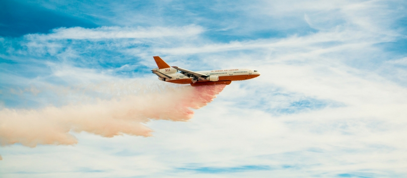 avion fumée