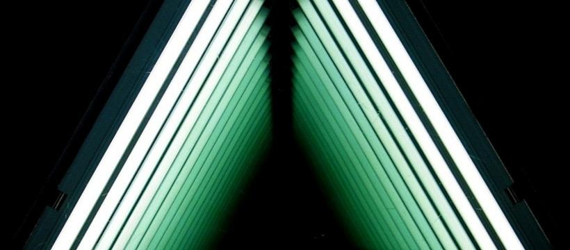neon triangulaires