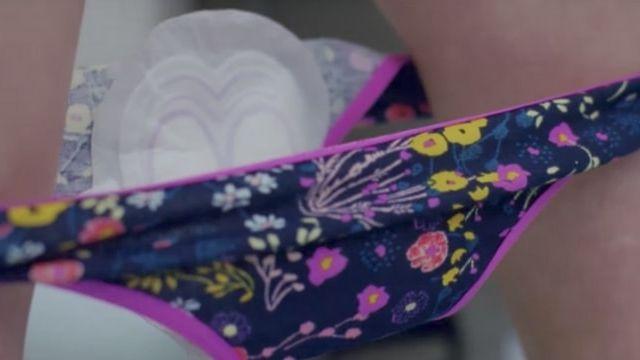 Culotte et serviette hygienique