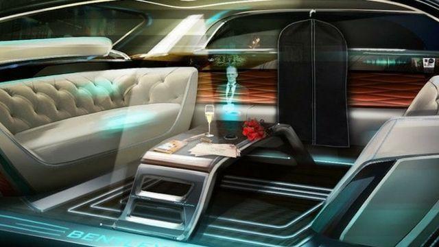 hologramme dans une voiture