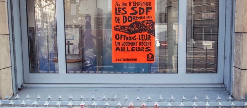 affichage pour laide aux SDF