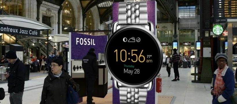 Montre fossil geante en gare de lyon