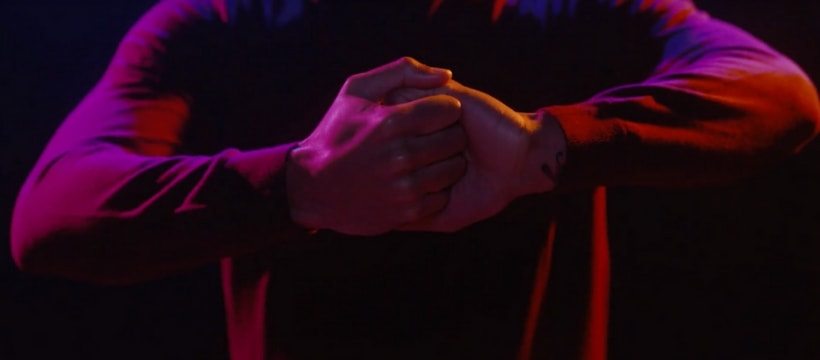 mains qui senlacent