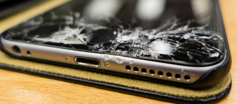 ecran de smartphone fissure