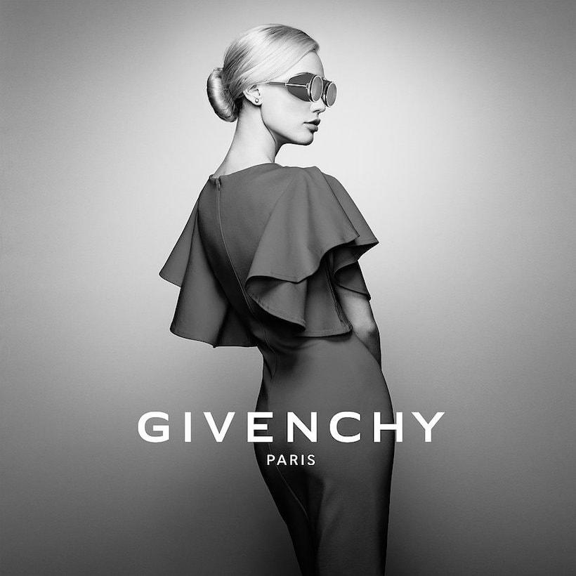 Lunettes réalité virtuelle Givenchy