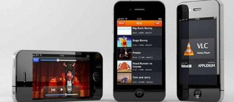 des iPhone avec VLC player installés