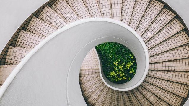 photo dune escalier en colimacon du dessus