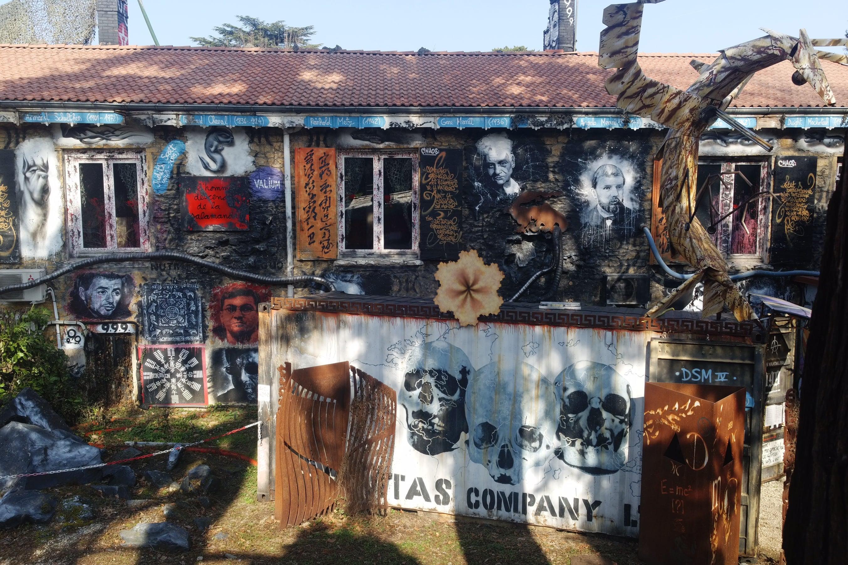 mure de la demeure du chaos