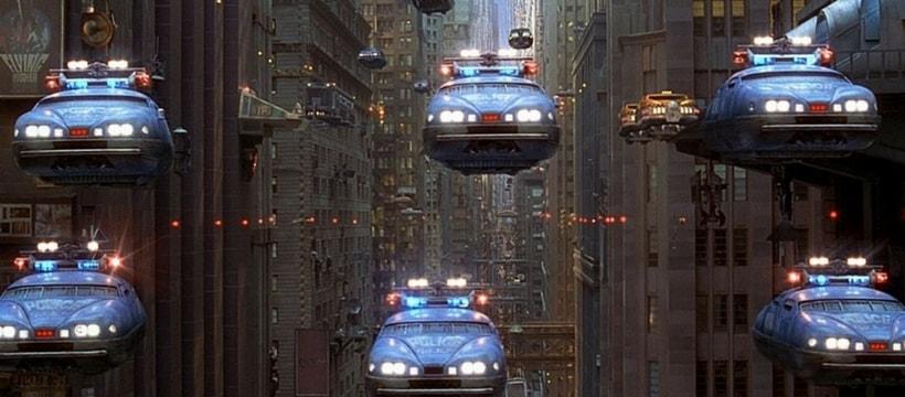 voitures de police volantes