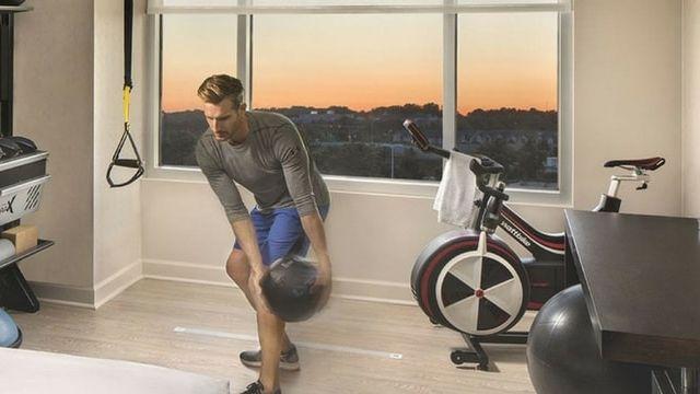 La chambre Five to Fitness des hôtels Hilton