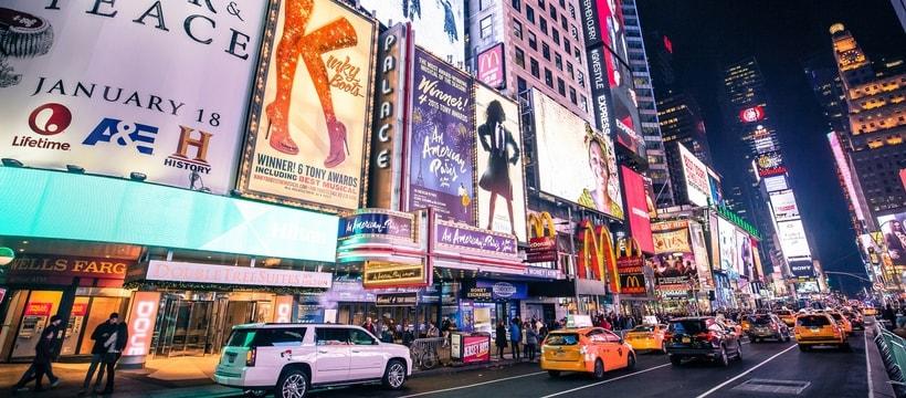 Times Square la nuit