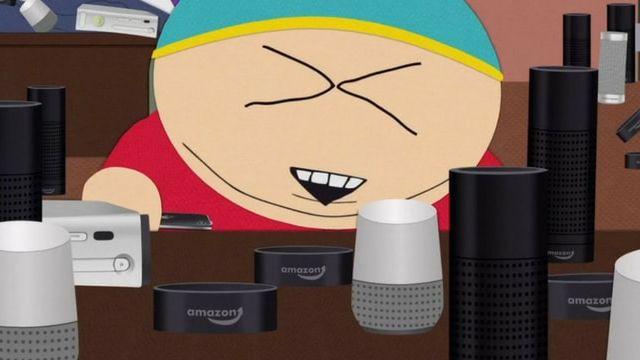 Cartman en train d'essayer plusieurs assistants vocaux