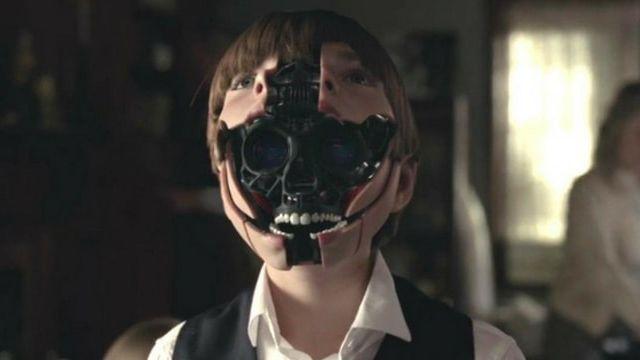 Ford, enfant et robotisé, dans Westworld