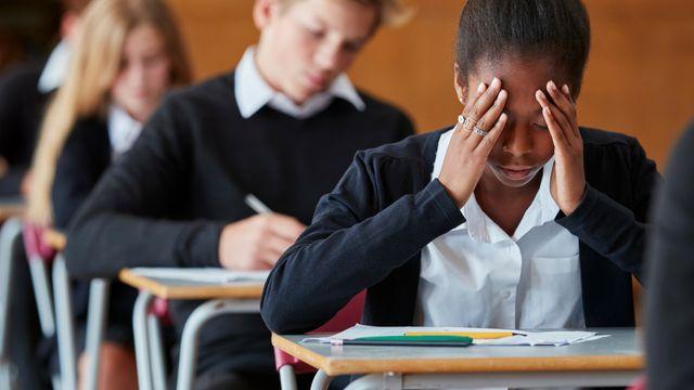 étudiants pendant un examen
