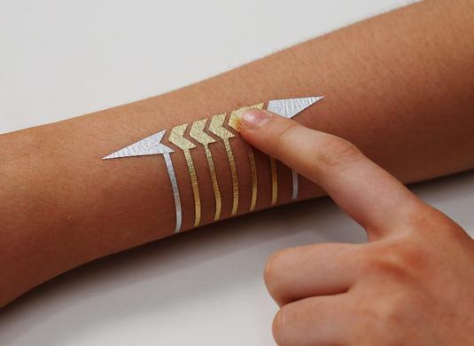 tatouage connecté
