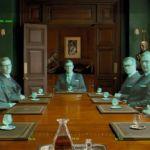 Un extrait du film Kingsman, où les agents secrets se retrouvent pour une réunion en hologrammes