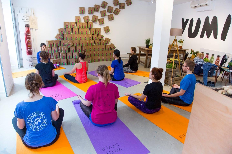 Un cours de yoga avec Yumi