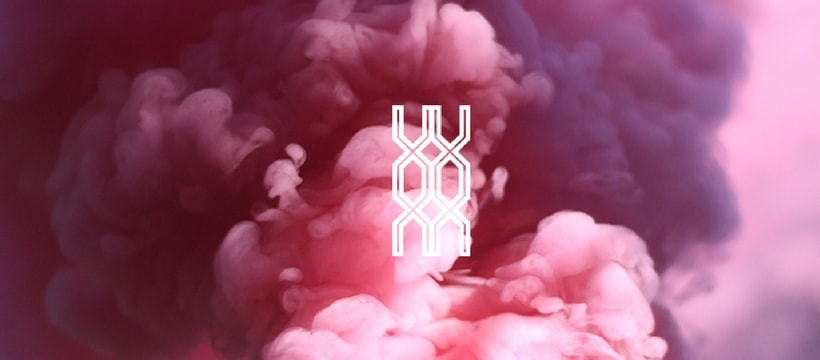 L'ADN logo sur fond rose