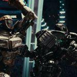 Deux robots font un match de boxe