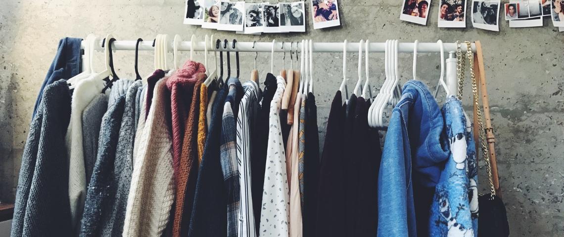Vêtements pendus
