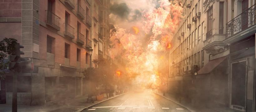 rue d'un ville incendiée