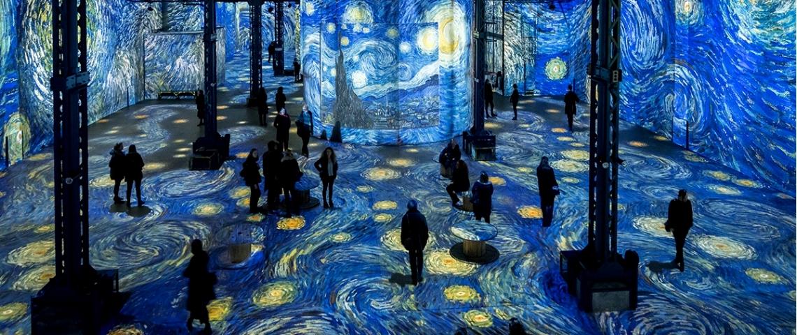 À Ouvre L'atelier Gogh Van LumièresL'exposition Parisienne Des Yb67yvfg