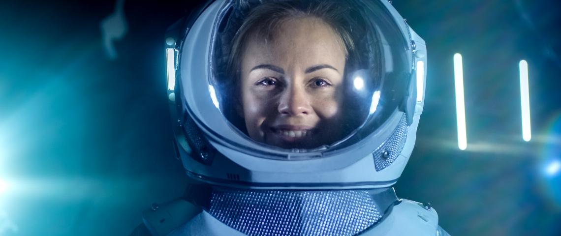 Une femme cosmonaute