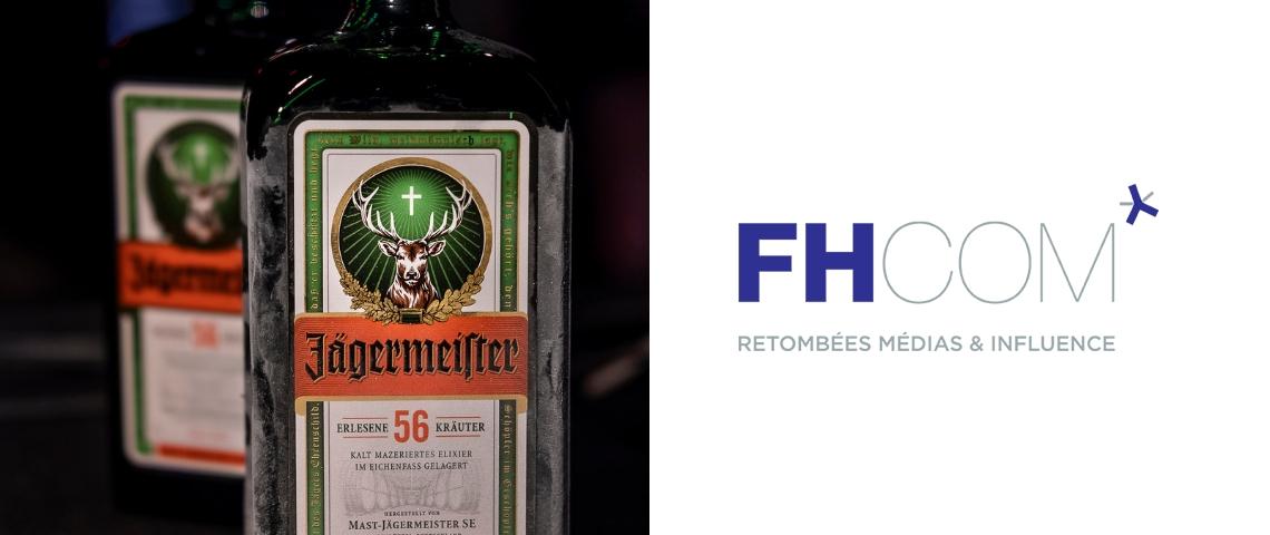 Des bouteilles de jagermeister et le logo fhcom
