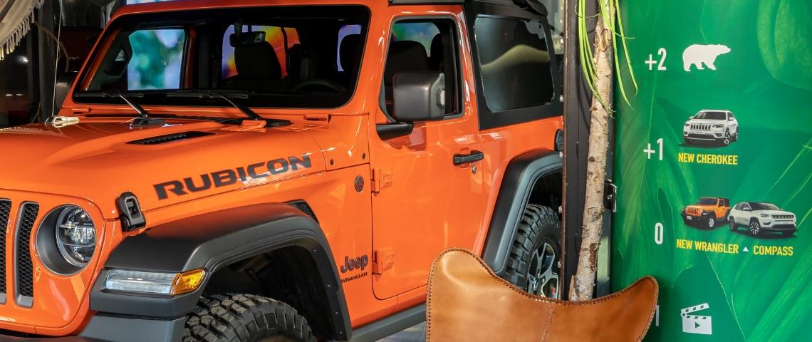 Une Jeep orange