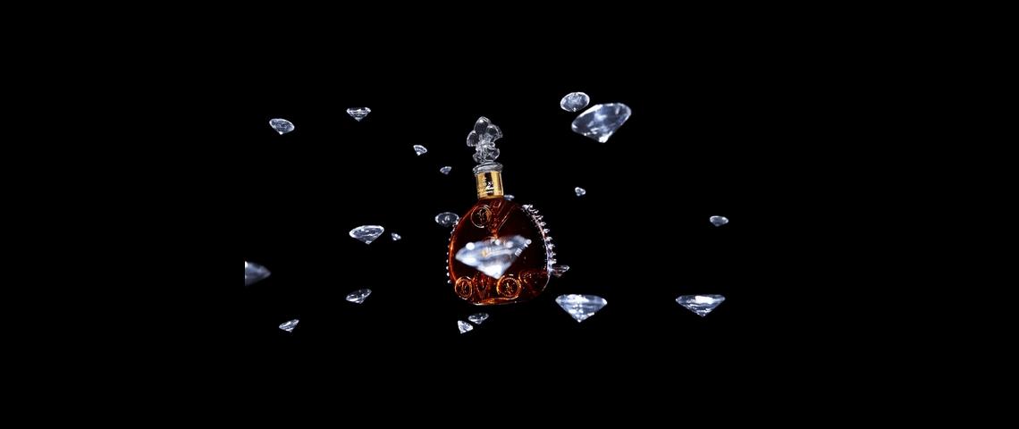 Une bouteille de cognac Louis XIII