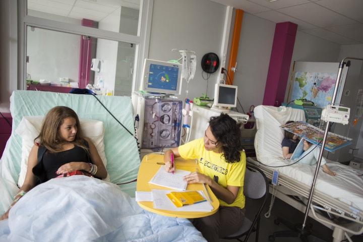 Une journaliste bénévole à l'hôpital