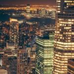 Skyline de nuit du quartier d'affaires de New York City