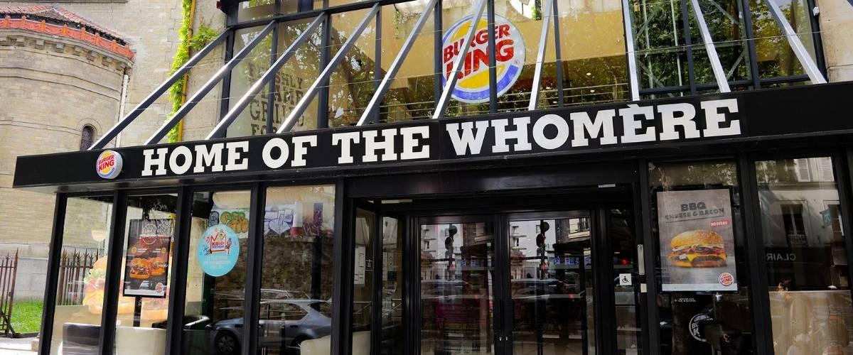 Devanture d'une enseigne Burger King