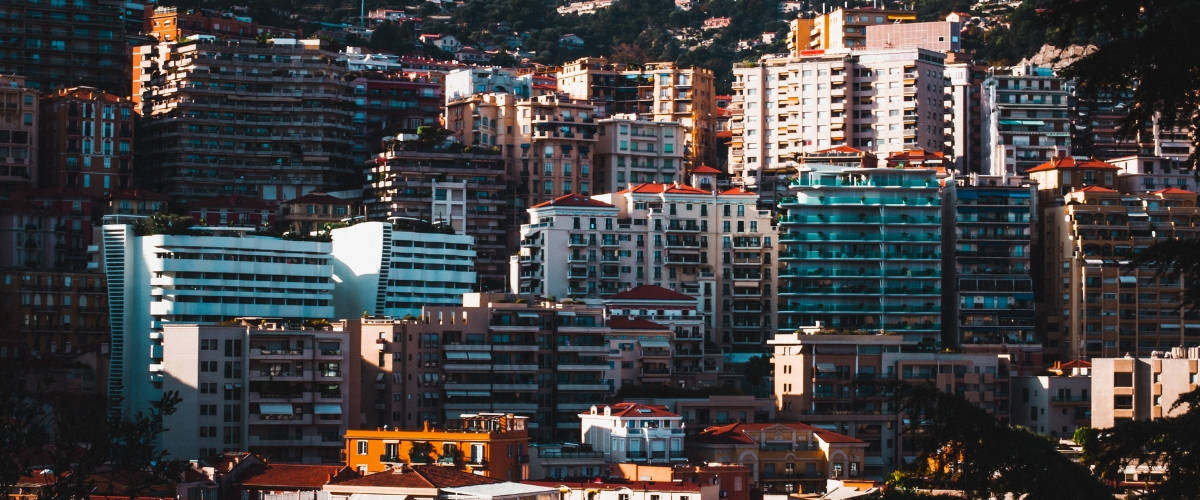 Vue sur la colline de Monaco