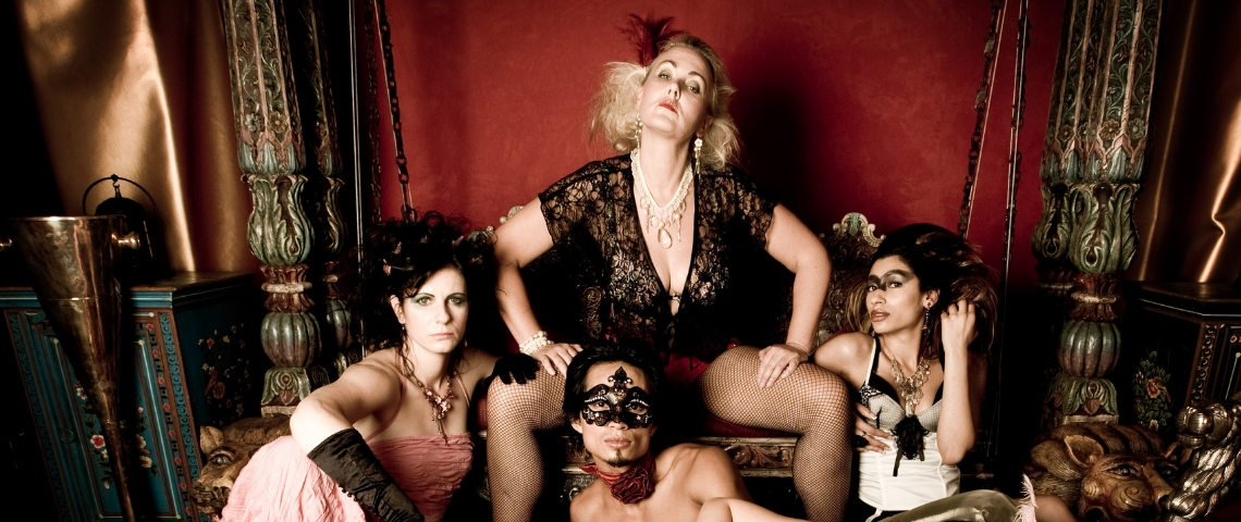 troupe d'actrices