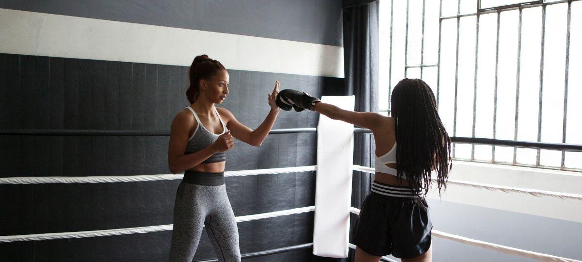 She breaks barriers : adidas encourage les femmes à faire du