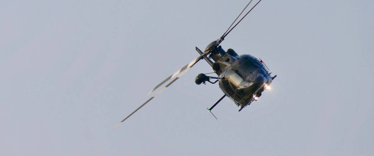 Un hélicoptère dans le lien