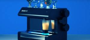 Barsys 2.0 : le robot barista qui prépare vos cocktails grâce l'IA
