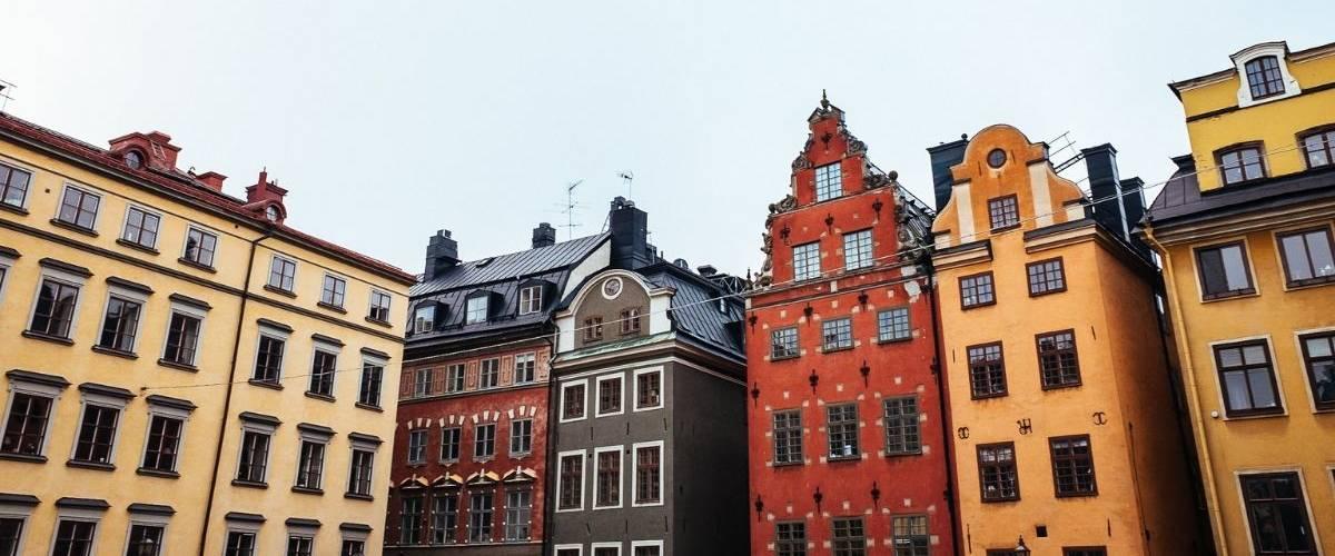 Facade d'habitations dans la ville de Stockholm