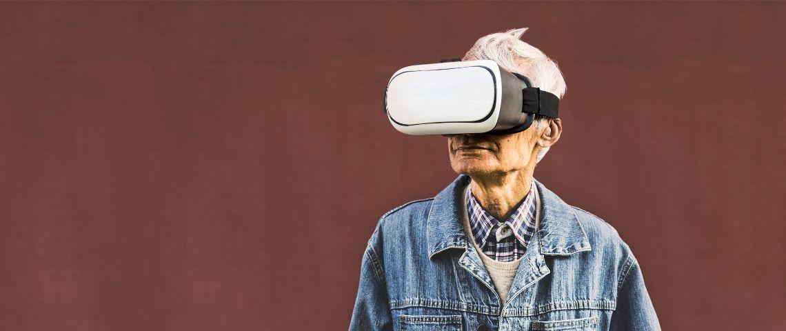 La technologie peut améliorer la prise en charge des personnes âgées