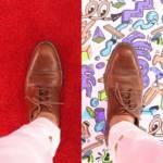 deux chaussures sur deux moquettes différentes