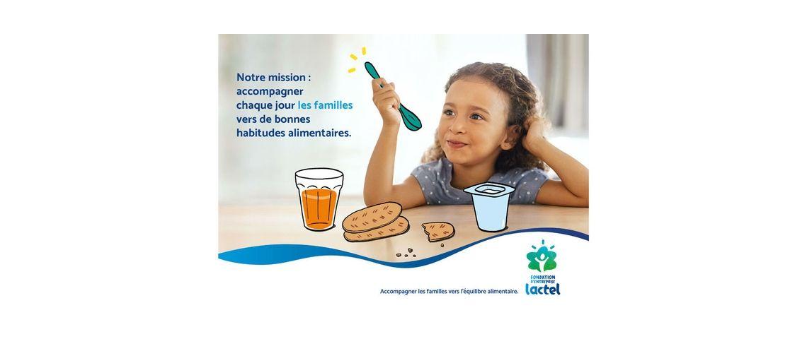 Visuel d'un enfant mangeant un petit déjeuner équilibré