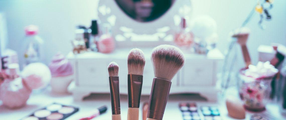 Visuel de pinceaux de maquillage