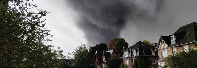 Rouen incendie usine