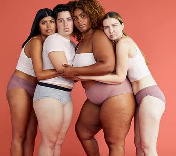 Visuel de 4 femmes qui portent une culotte menstruelle