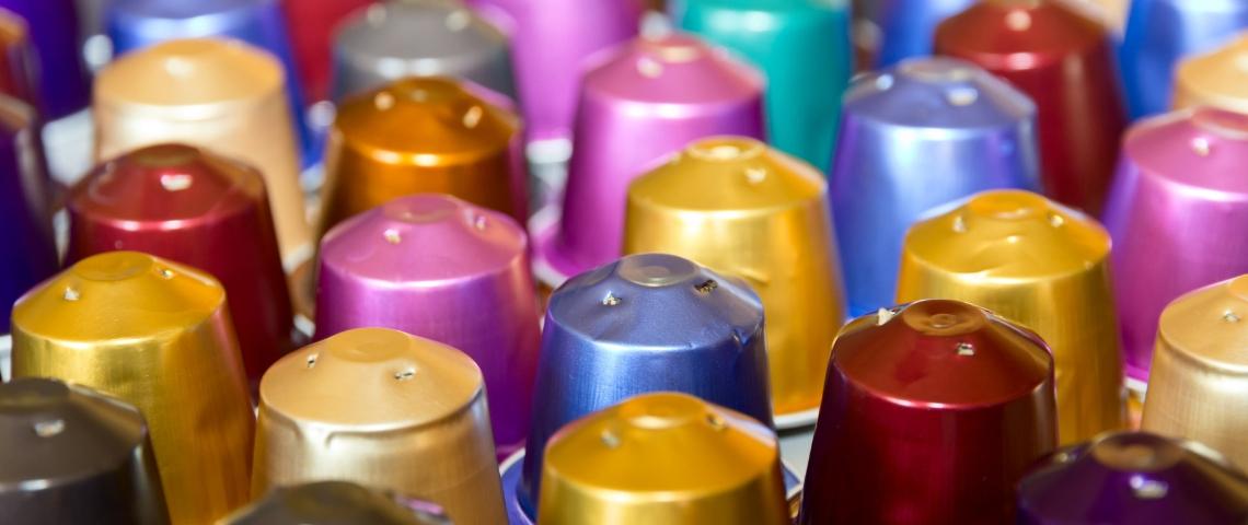 Des capsules de café Nespresso colorées
