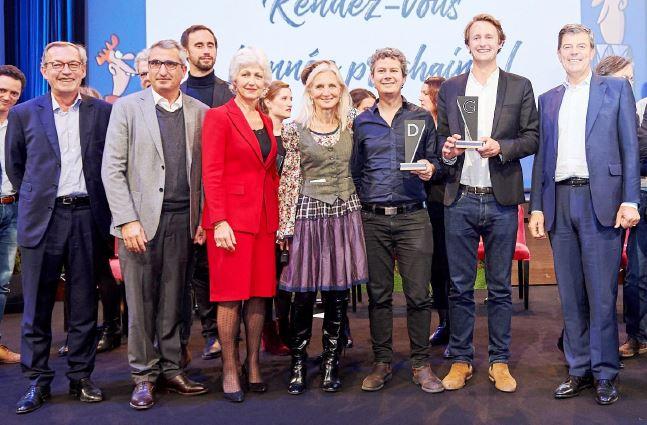 Photo de la dernière remise du prix David 1 Goliath - Jury et binomes vainqueurs
